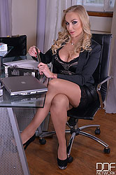 Orgy in the Office - Lesbians Naughty Toy Testing